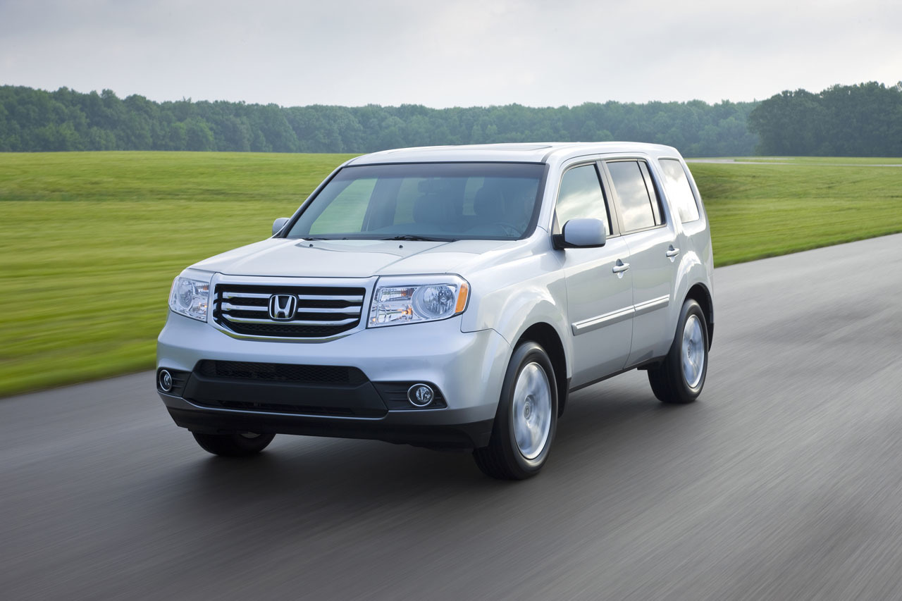 Honda Civic Pilot >> 2015 Honda Pilot What Design Features Make It Great For Bradenton
